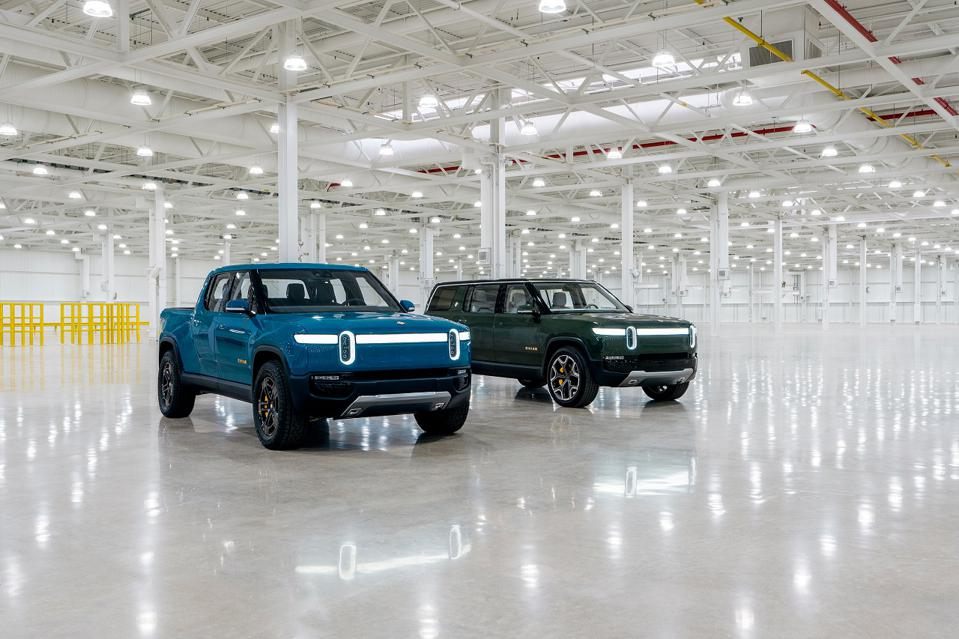 The Rivian R1T and R1S are getting built-in Alexa Voice Services