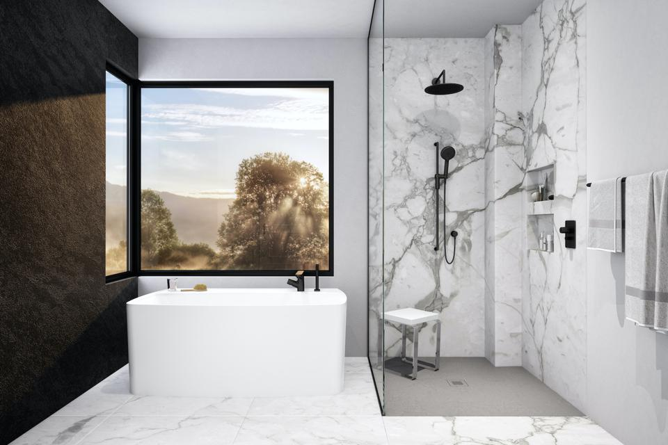A freestanding contemporary tub by WETSTYLE.
