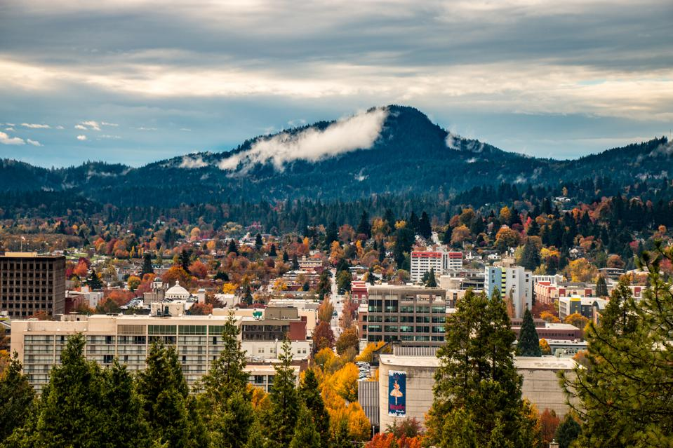 Eugene, Oregon cheap travel