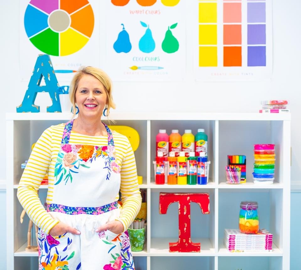 Patty transitioned from teaching Elementary School art to running a thriving, online startup