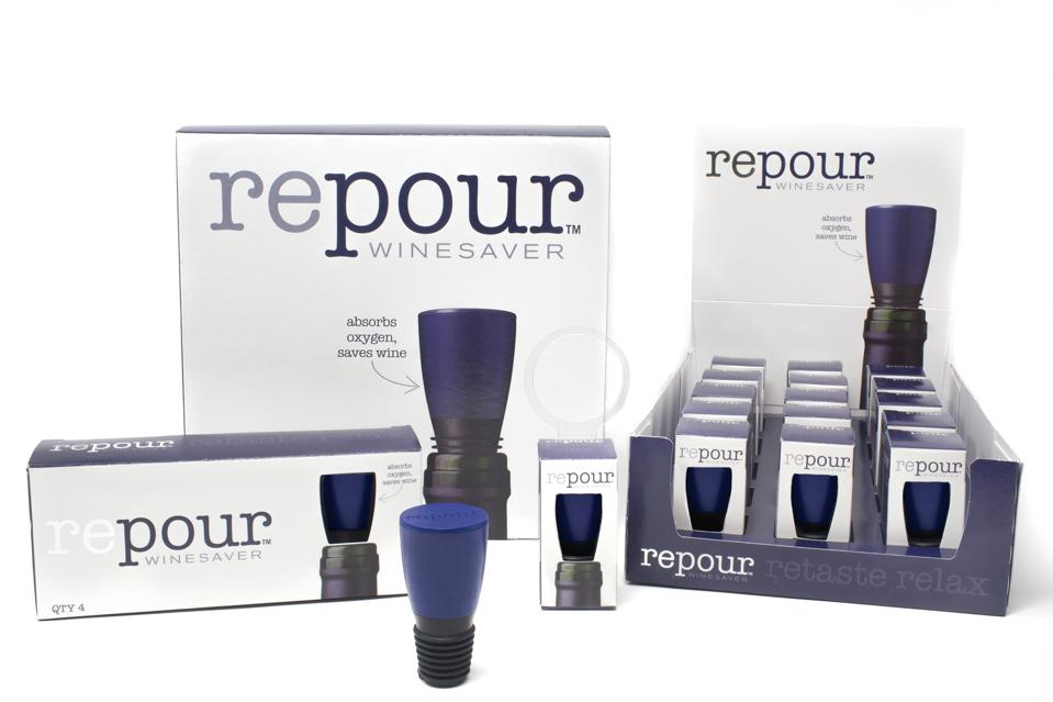 Repour Winesaver removes oxygen from opened bottles of wine, preserving them effectively.