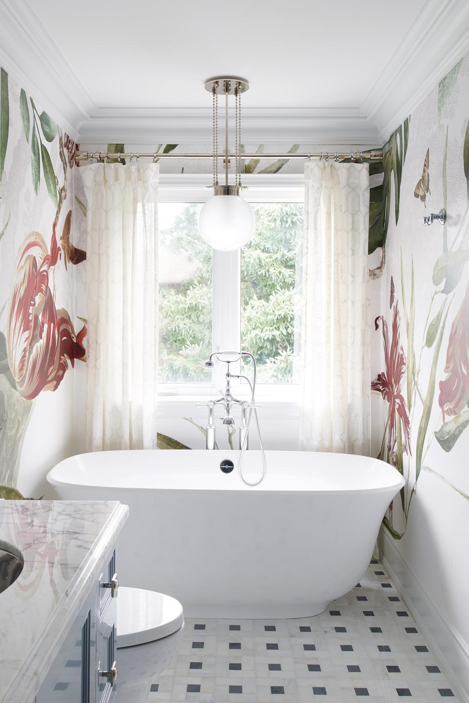 Bright and white bathroom with bold drapes