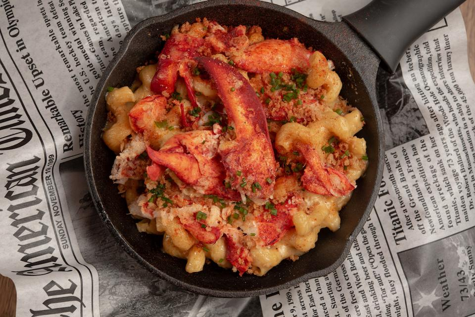 Lobster Mac and Cheese at Steak 'N Lobster in New York City.