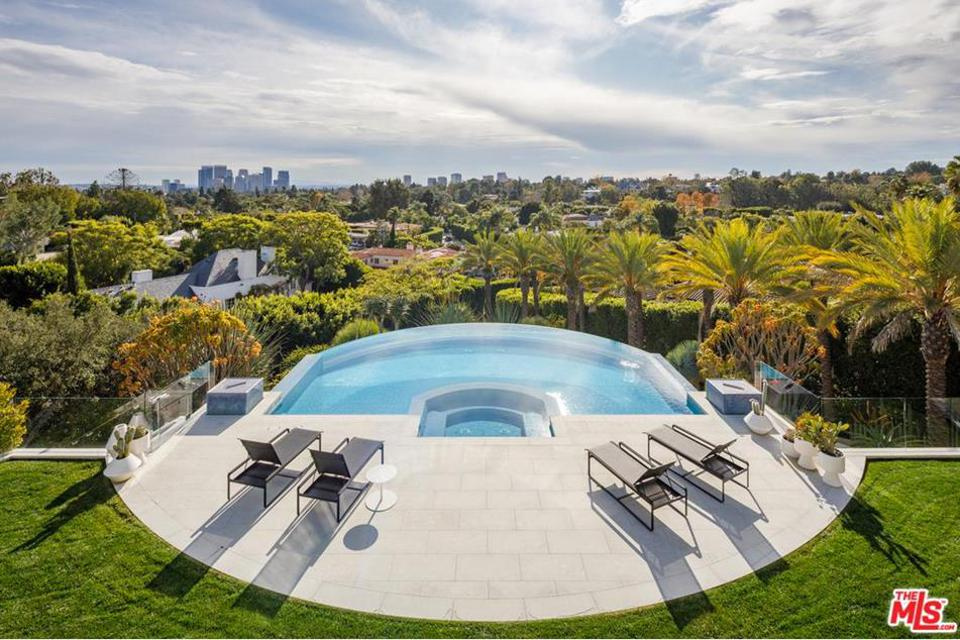 1108 Tower Rd, Beverly Hills, CA 90210
