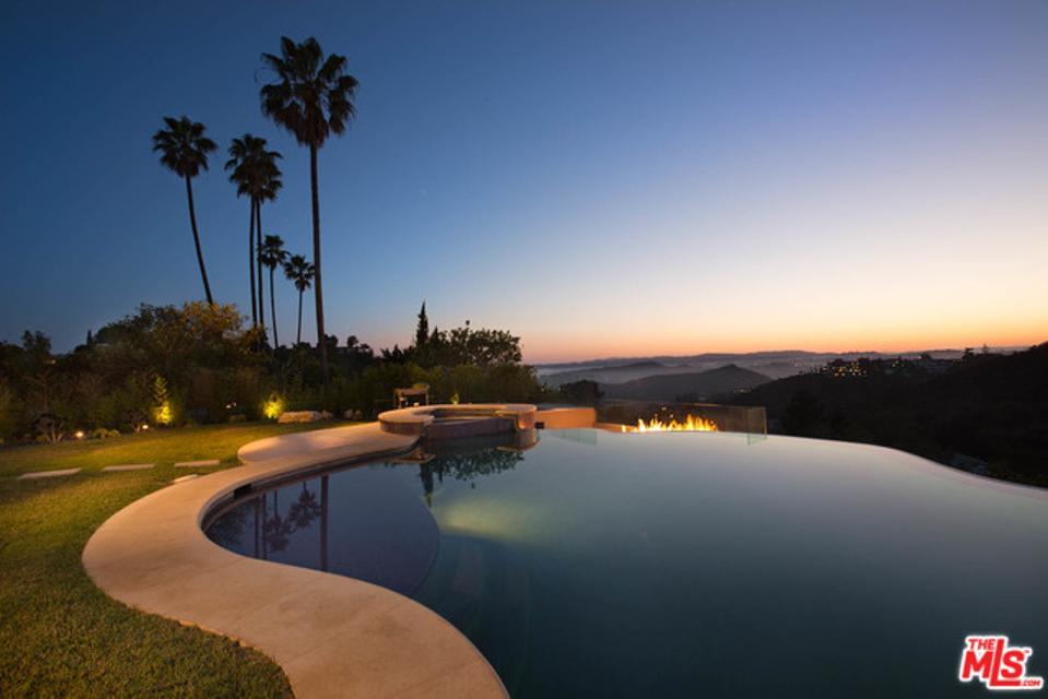 455 Castle Pl, Beverly Hills, CA 90210