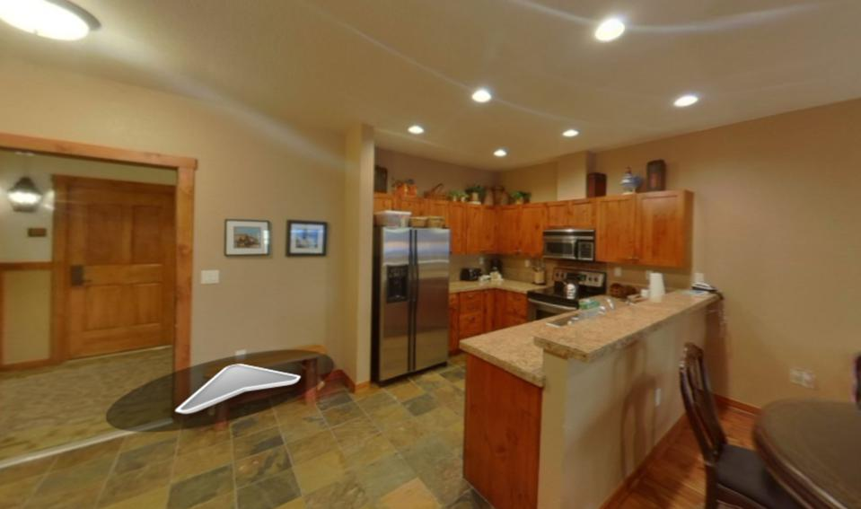 The interior of a Breckenridge, Colo., vacation rental using a virtual tour on Vrbo.