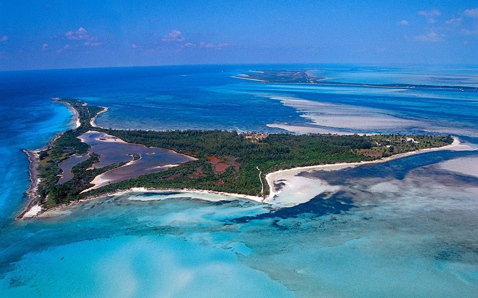 Bird Cay in Bahamas