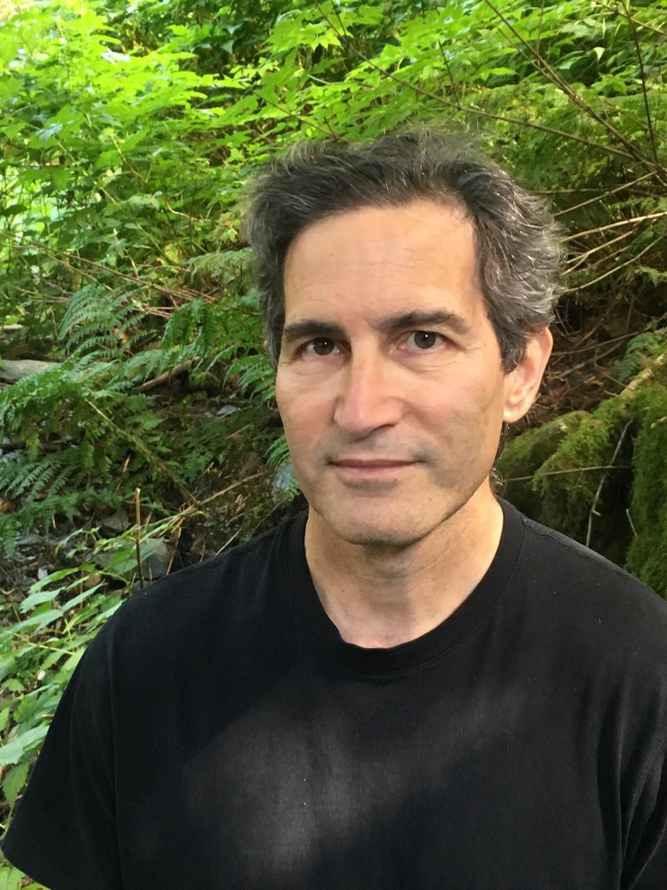 Author Photo Stuart
