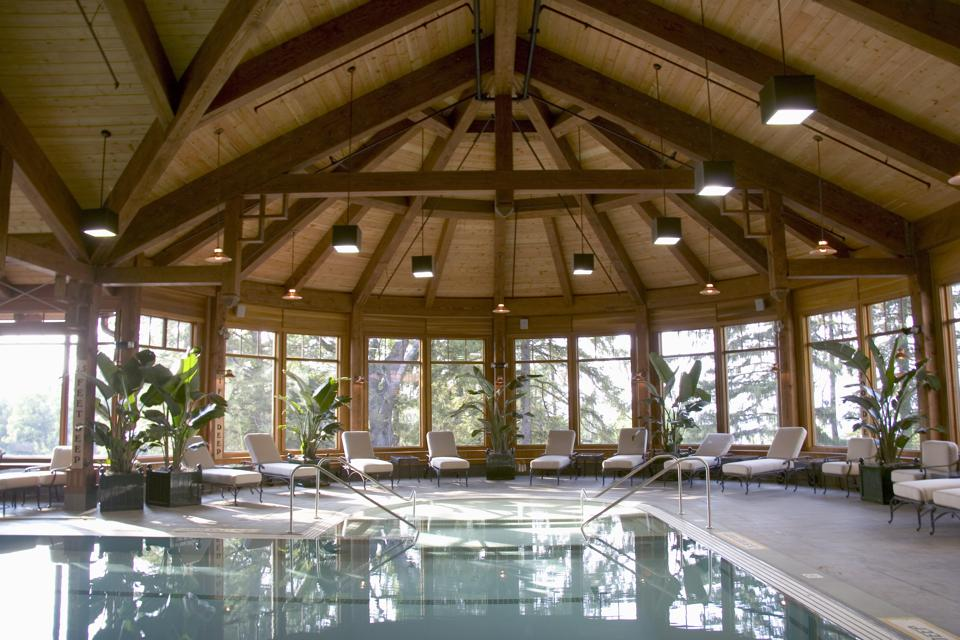 Guests can relax all year round at the indoor pool.