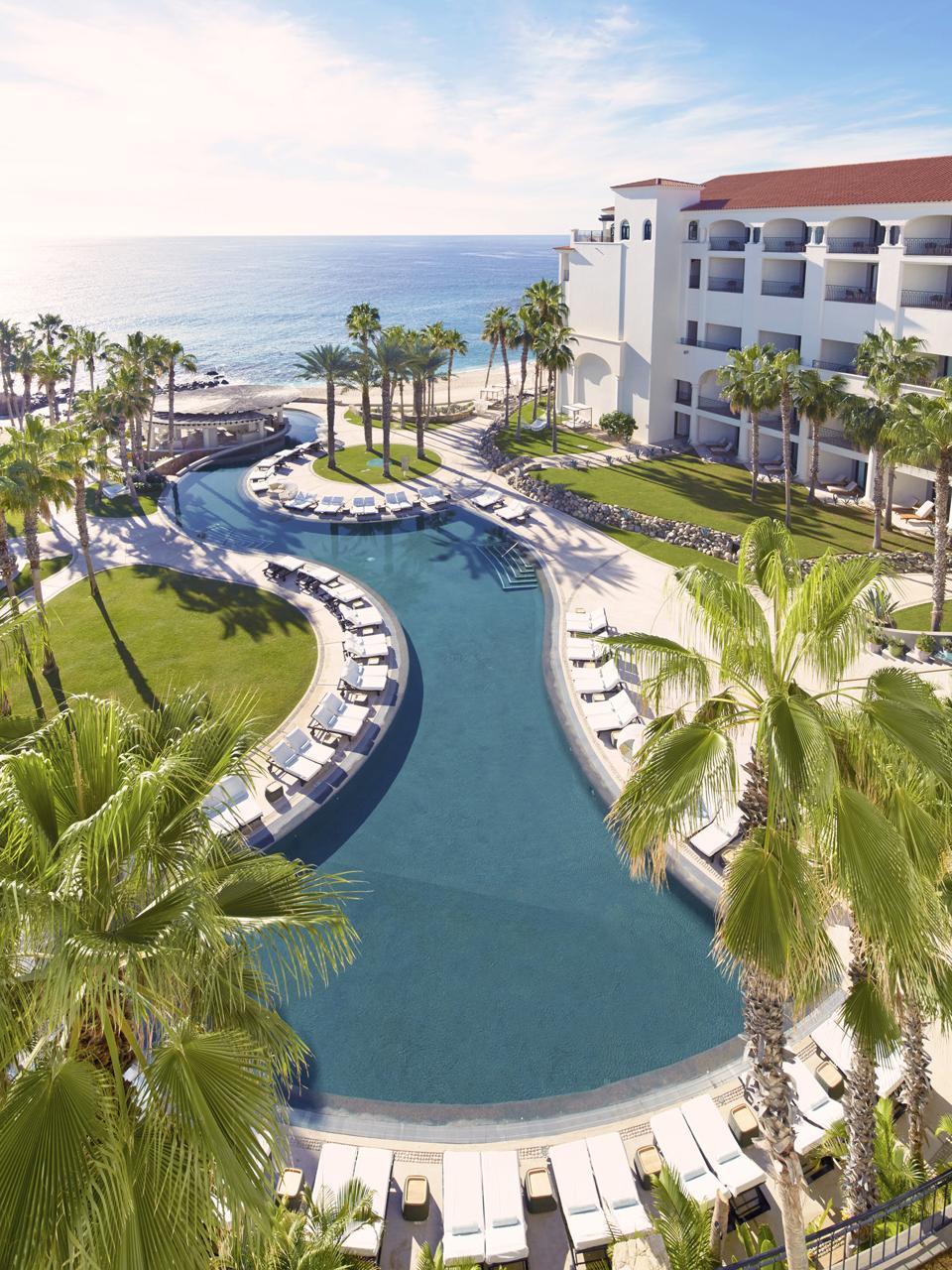 HiltonLosCabos-Pool-Credit