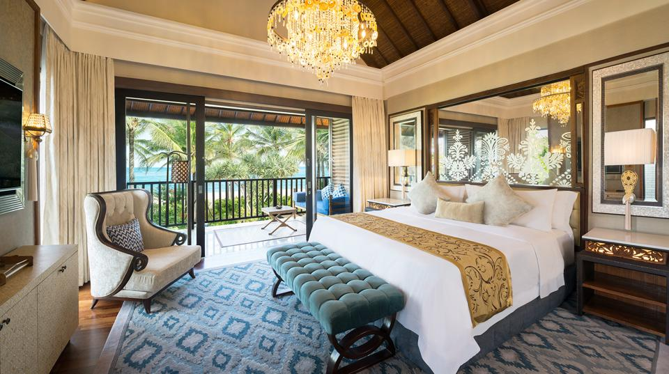 TheStRegisBaliResort-Guestroom-Credit