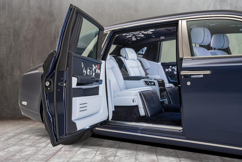See The Spectacular And Imaginative 2019 Rolls-Royce Bespoke Luxury Car Collection