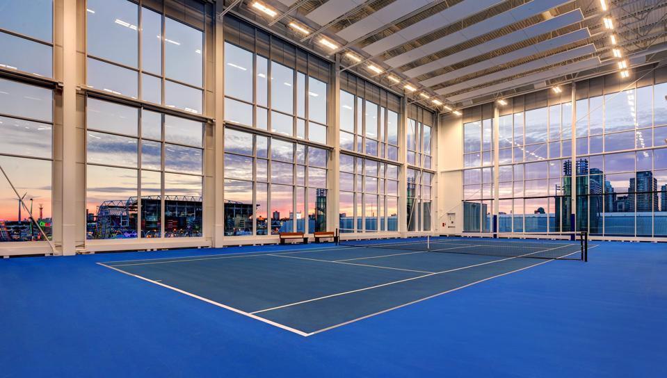 Hotel X has its very own indoor tennis court.