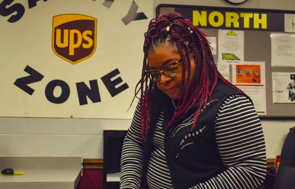 Jacquelyn Hicks working part-time at UPS