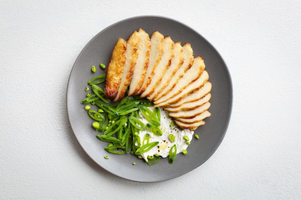 Memphis' Pan-seared chicken with sugar snap peas