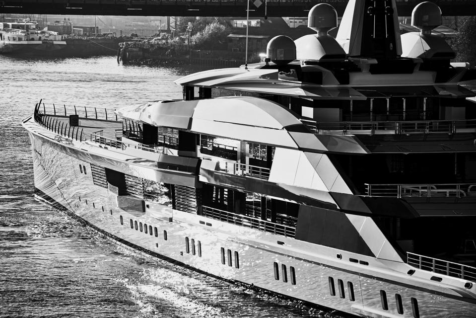 Jerry Jones conducted the Dallas Cowboy's draft from his 357-foot long superyacht.