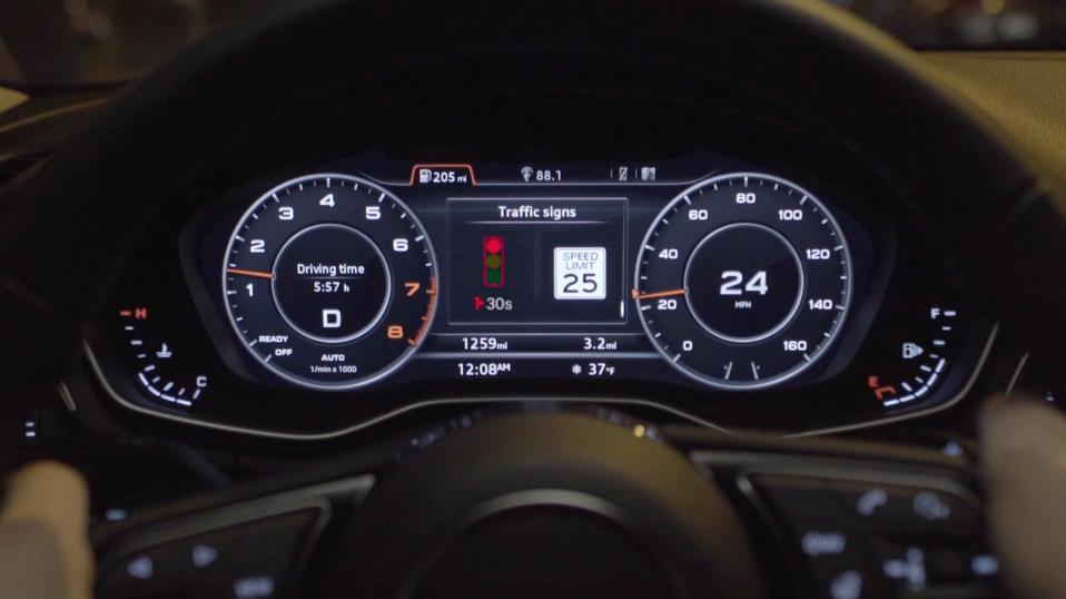 The instrument panel of an Audi Q8.