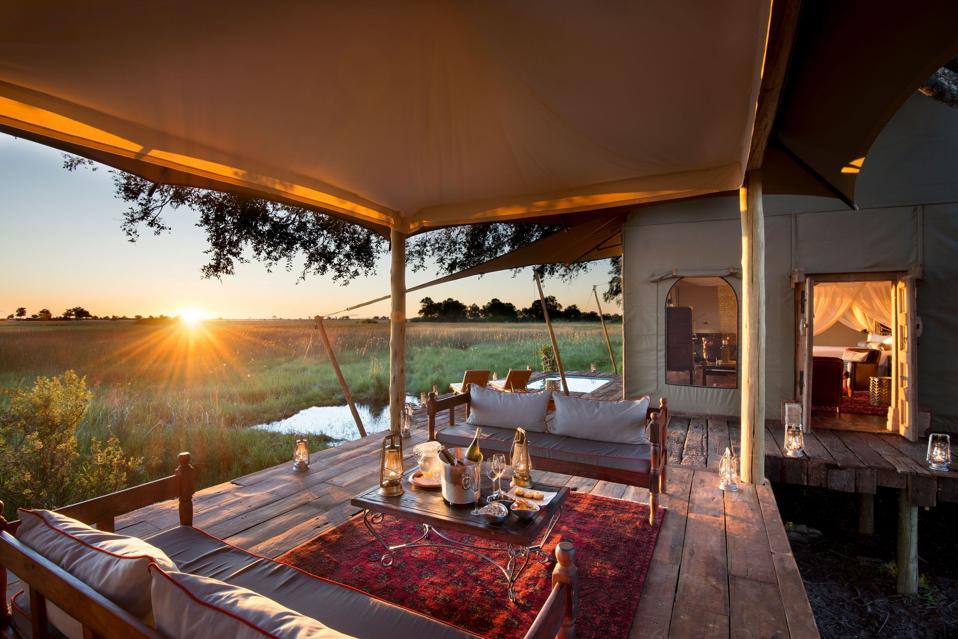 Africa, Safaris, Roar Africa, Great Plains Conservation, Singita, Emirates Airlines