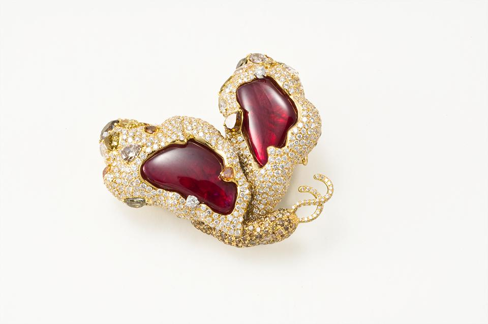 Cindy Chao's First Butterfly Brooch Enters Permanent Collection Of Prestigious French Museum