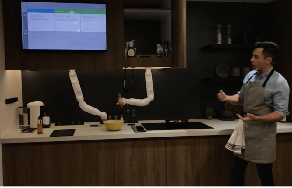 Samsung's Bot Chef at CES 2020
