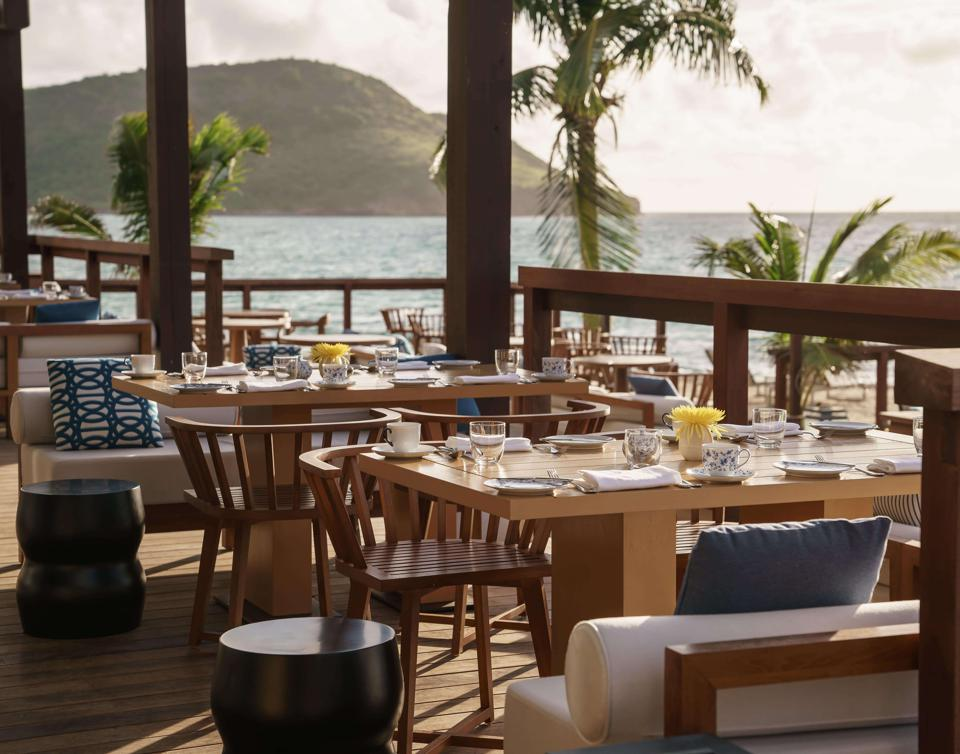 The Great House Dining offers pristine ocean views daily.