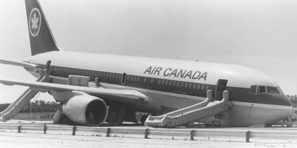 Air Canada plane crash 767, gimli glider Edmonton