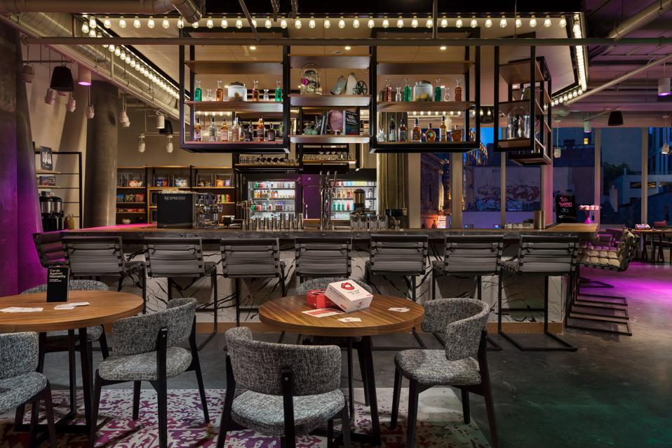 Moxy Boston Downtown - Lobby Bar