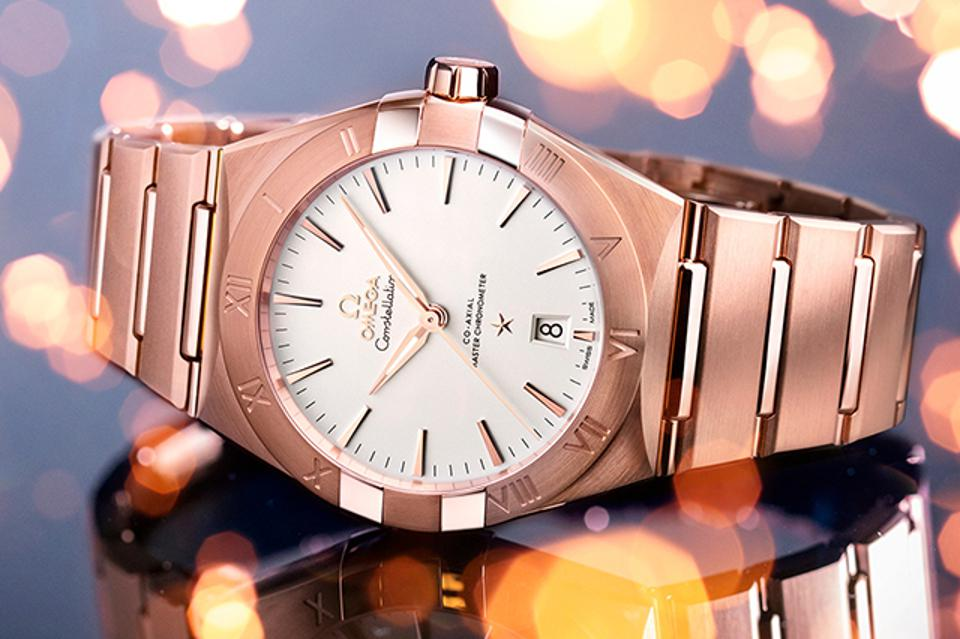 The Omega Constellation in Sedna gold.