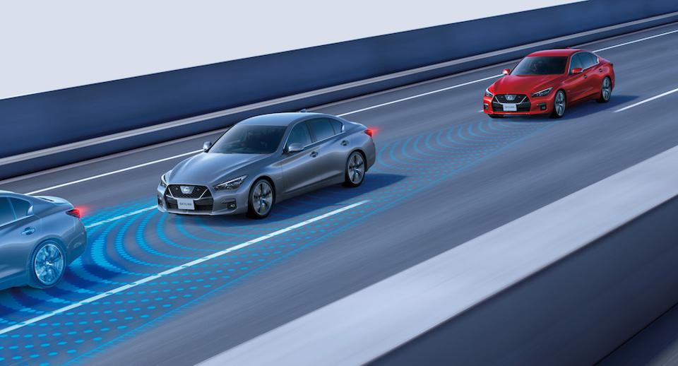 The Nissan ProPilot system offers the world's first ″conditional″ hands-off driving capability.