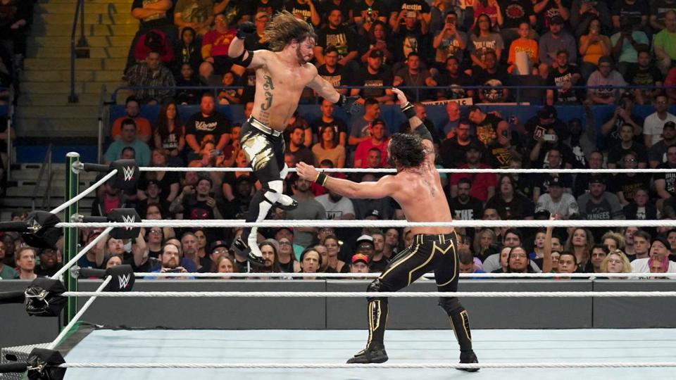 A Major WWE Star May Soon Move To SmackDown