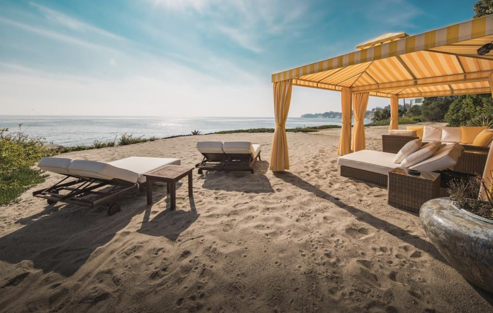 The private beach overlooking the ocean at Saperstein's $115 million listing
