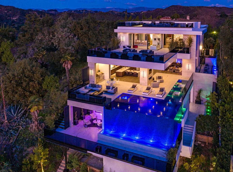 Bel Air luxury amenities