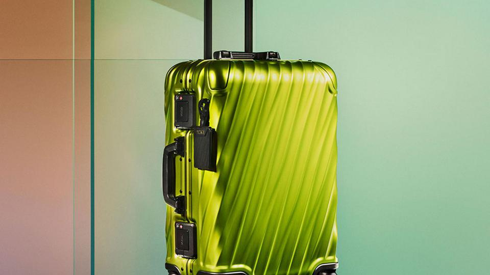 Tumi luggage is among the best in the world for appealing to the business traveler who wants to stay stylish while on-the-go.