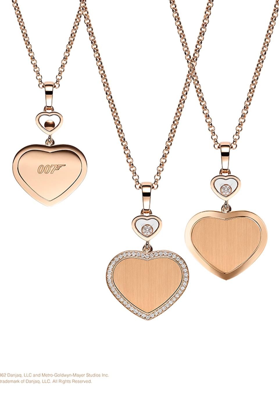 Pendants from the Chopard Happy Hearts – Golden Hearts collection, as a sponsor of the Bond film No Time to Die.