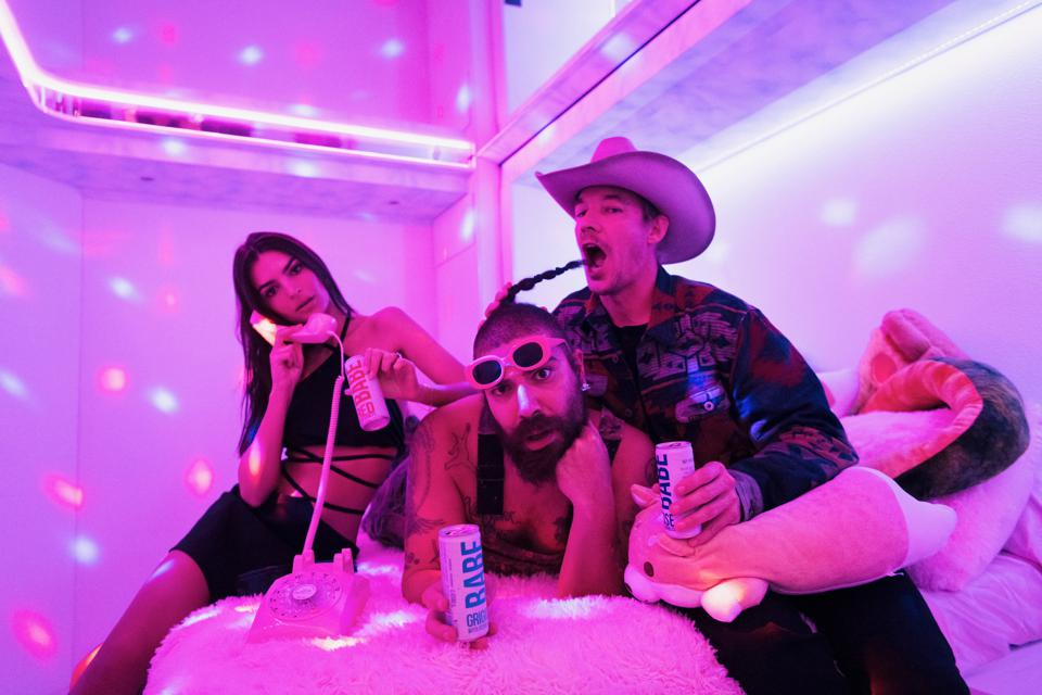 Emily Ratajkowski, The Fat Jewish, and Diplo partying in Miami for BABE wines.