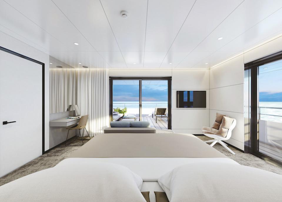 Yacht Suite on Emerald Azzurra