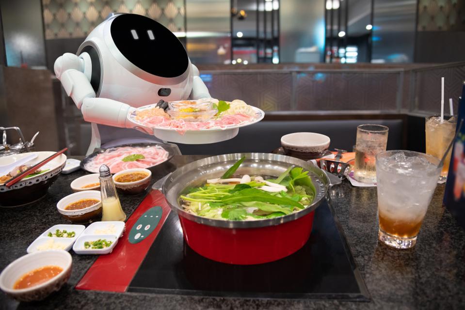 Automated Restaurant Staff
