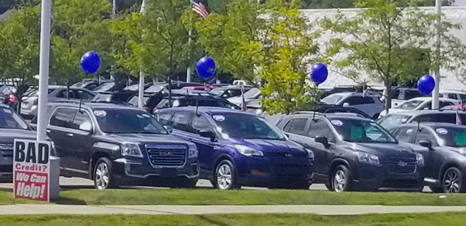 Digital sales of used vehicles are challenging dealerships.