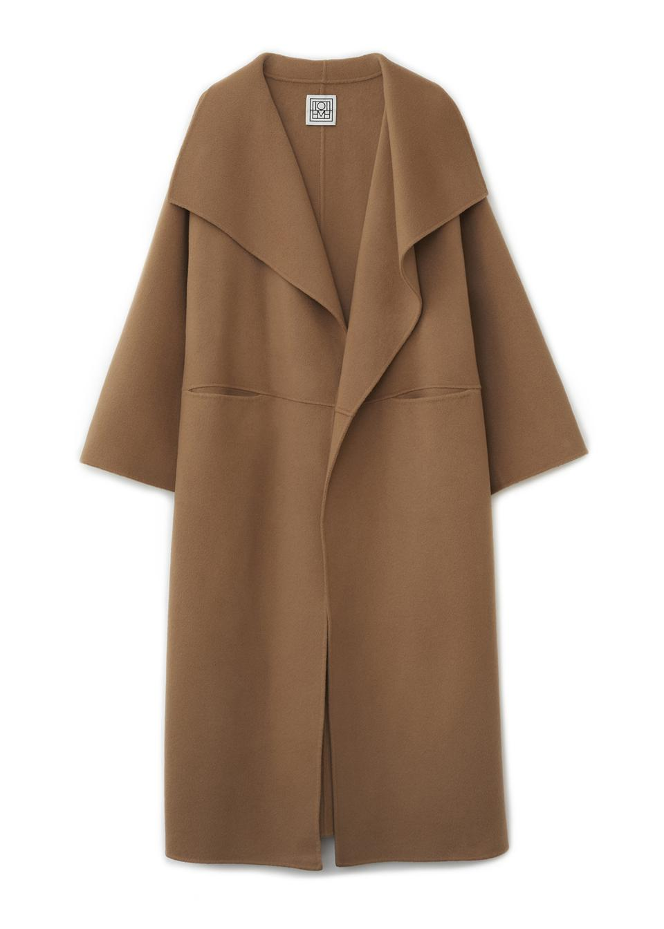 The Totême Annecy coat