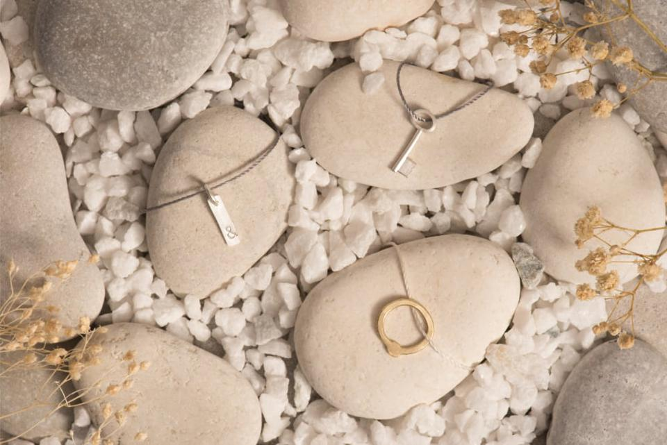 NoWa: no waste jewelry designed with the silver and gold from recycled smartphones.