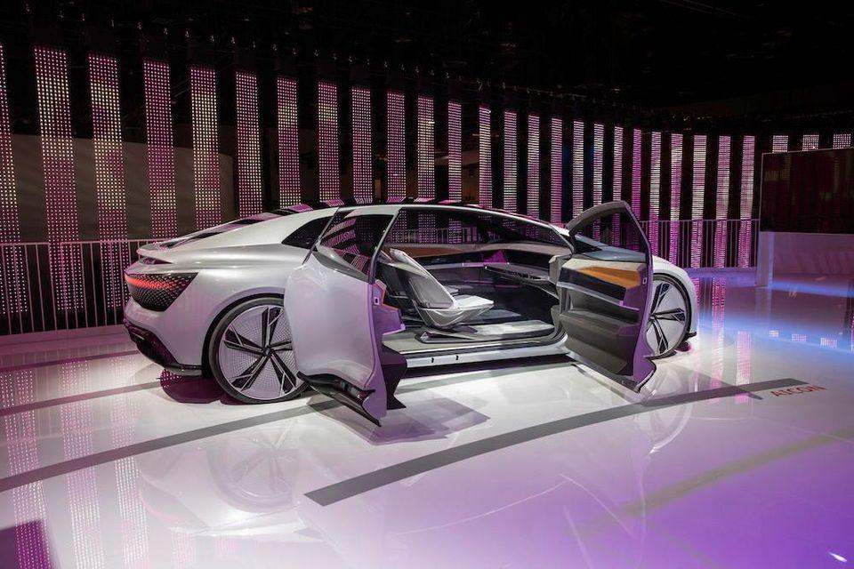 CES reveal, Audi AIcon self-driving, all-electric