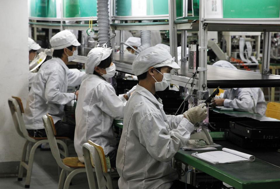 Foxconn, manufacturing, Guangdon, Wuhan, coronavirus, manufacturing, trade, factories, health, electronics