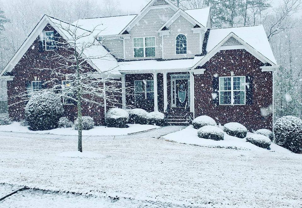 A Week Of Weather Mood Swings In Georgia Culminates With Snow