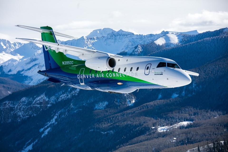 Denver Air Connection plane