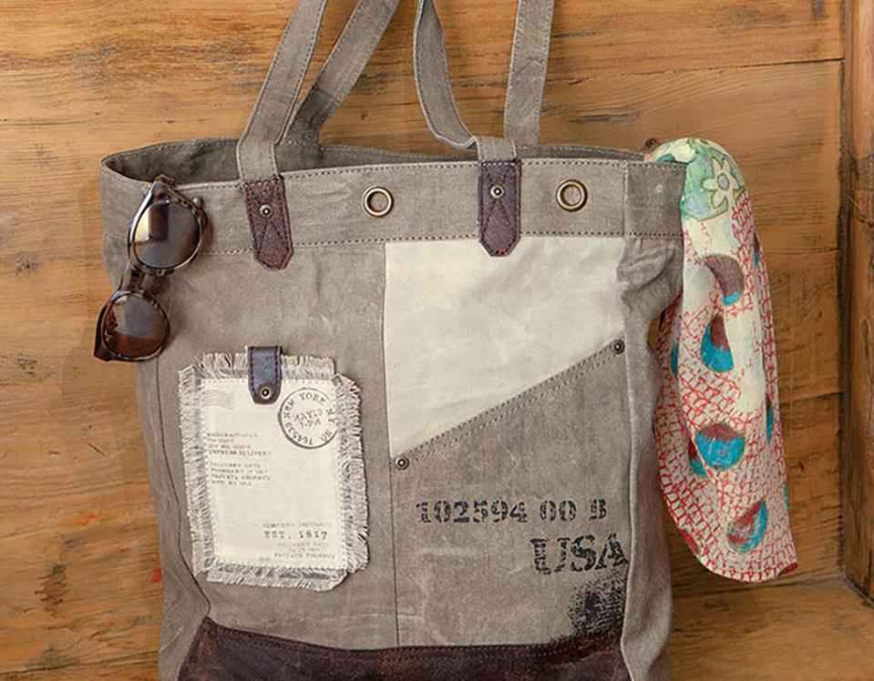 Postcard Tote from Olive & Cocoa