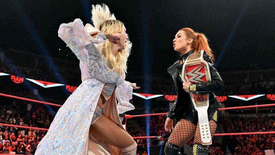 WWE Raw: Becky Lynch vs. Charlotte Flair