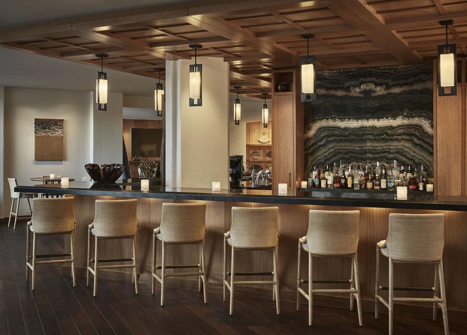 The bar area at Four Seasons Resort Oahu at Ko Olina.