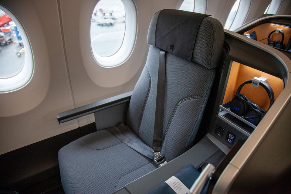Business seat A350