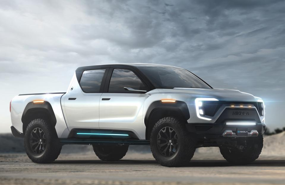Nikola says its Badger pickup will travel up to 600 miles using battery and hydrogen fuel cell power