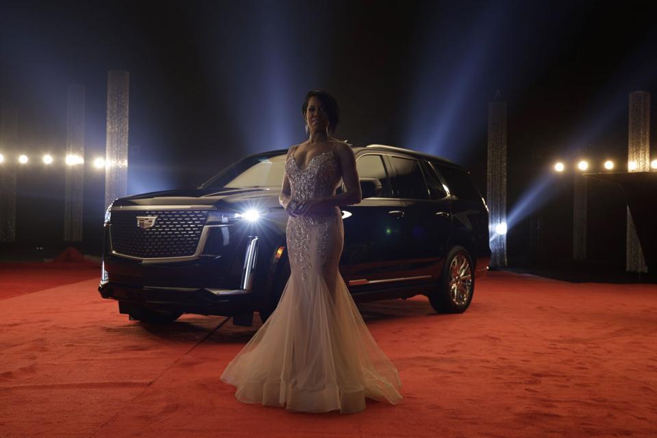 Oscar-winning actress Regina King in Cadillac's Academy Awards ad for the new Escalade.